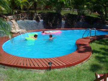 backyard-landscaping-ideas-swimming-pool-design-homesthetics-15